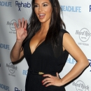 kim_kardashian_events_281129~1.jpg