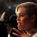 miley-cyrus-events_281129~0.jpg