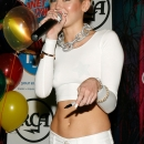miley-cyrus-events_281529.jpg