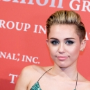 miley-cyrus-events_281629~1.jpg