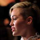 miley-cyrus-events_28229~0.jpg