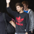 one-direction-candids_285929~0.jpg